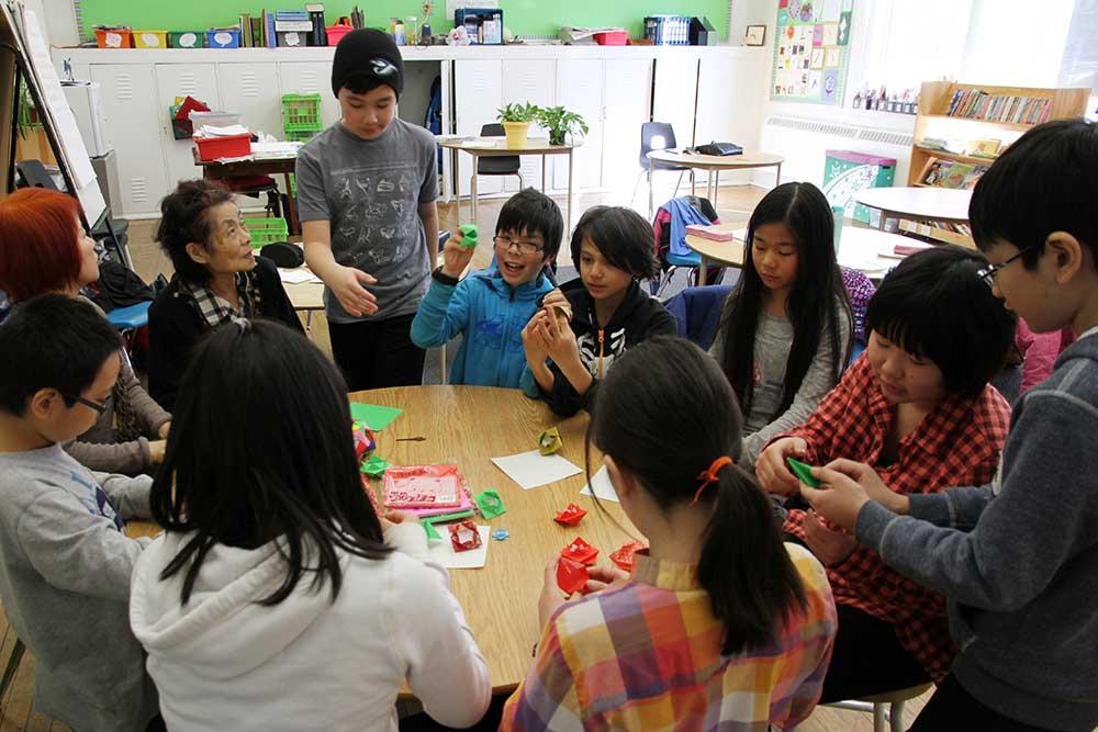 日本文化の継承:折り紙